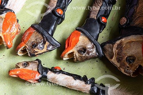 Faca com cabeça de piranha no cabo  - Amazonas (AM)
