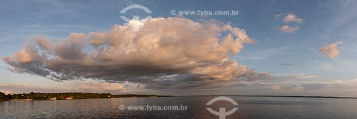 Entardecer no Lago Acajatuba  - Iranduba - Amazonas (AM) - Brasil