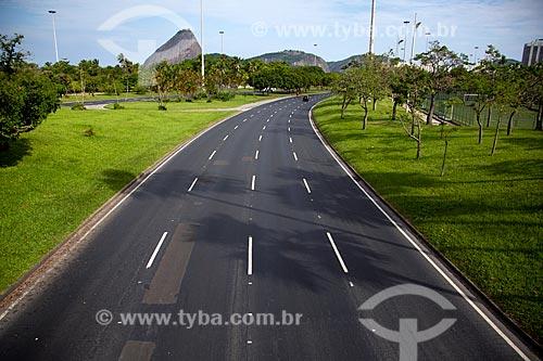 Aterro do Flamengo com poucos carros devido à Crise do Coronavírus  - Rio de Janeiro - Rio de Janeiro (RJ) - Brasil