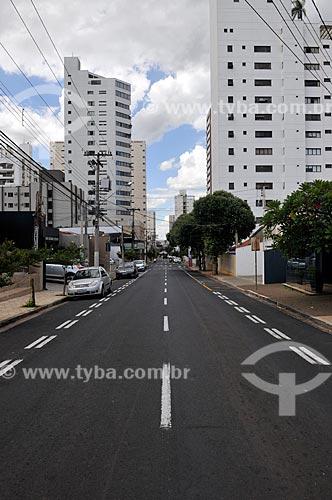 Rua Antonio de Godoy com o comércio fechado por causa da Crise do Coronavírus  - São José do Rio Preto - São Paulo (SP) - Brasil
