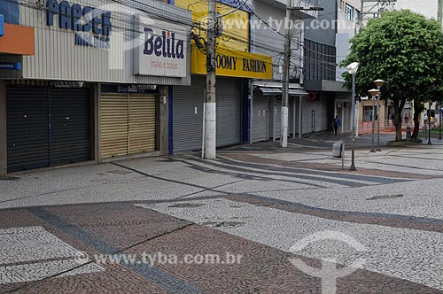 Rua General Glicério com o comércio fechado por causa da Crise do Coronavírus  - São José do Rio Preto - São Paulo (SP) - Brasil