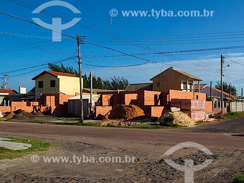 Casas em construção  - Cidreira - Rio Grande do Sul (RS) - Brasil