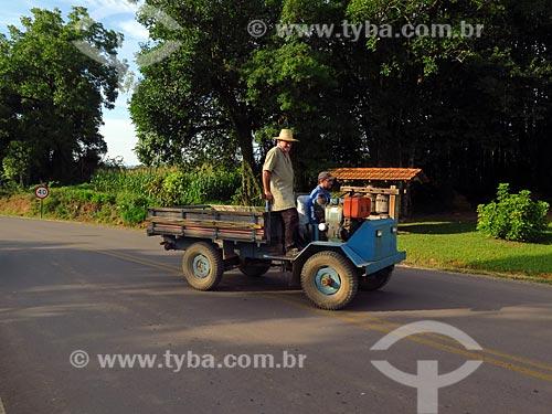 Fubica, carro típico da colonia italiana  - Cotiporã - Rio Grande do Sul (RS) - Brasil