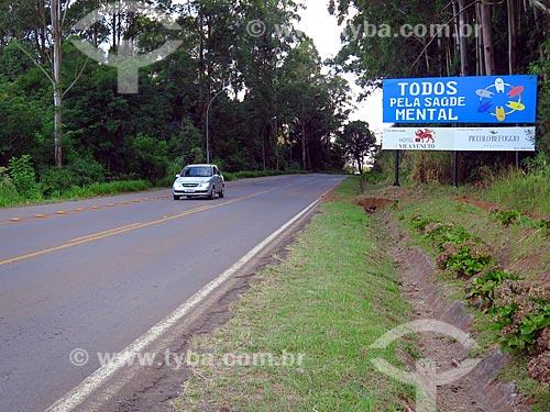 Placa na entrada de Cotiporã  - Cotiporã - Rio Grande do Sul (RS) - Brasil