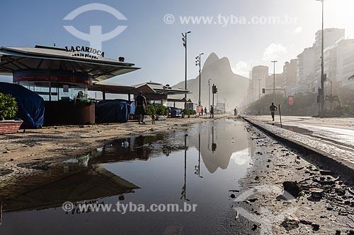 Orla da Praia do Leblon durante ressaca  - Rio de Janeiro - Rio de Janeiro (RJ) - Brasil