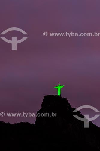Vista do Cristo Redentor durante a noite  - Rio de Janeiro - Rio de Janeiro (RJ) - Brasil