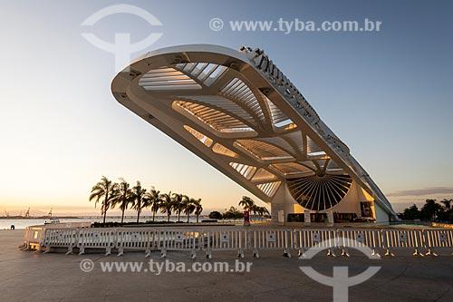 Museu do Amanhã ao entardecer  - Rio de Janeiro - Rio de Janeiro (RJ) - Brasil