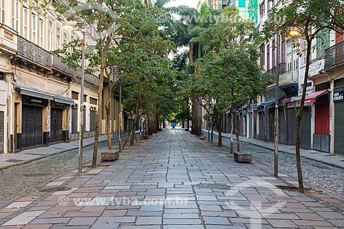 Rua Uruguaiana vazia devido à Crise do Coronavírus  - Rio de Janeiro - Rio de Janeiro (RJ) - Brasil