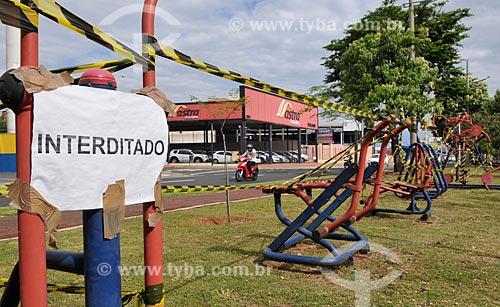 Academia ao ar livre interditada por causa da Crise do Coronavírus  - São José do Rio Preto - São Paulo (SP) - Brasil