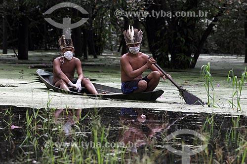 Índios da etnia Sateré-mawé da comunidade Sahu-Apé, usam máscaras para proteção contra o Coronavírus  - Iranduba - Amazonas (AM) - Brasil