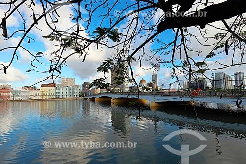 Ponte Santa Isabel (1967) - também conhecida como Ponte Princesa Isabel - sobre o Rio Capibaribe  - Recife - Pernambuco (PE) - Brasil