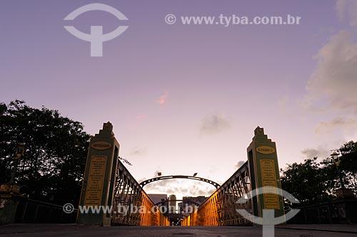 Ponte da Boa Vista (1874) sobre o Rio Capibaribe  - Recife - Pernambuco (PE) - Brasil