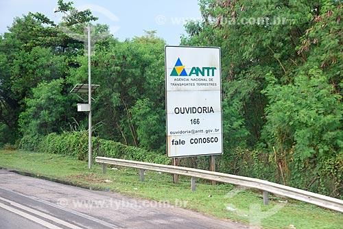 Placa da Agência Nacional de Transportes Terrestres (ANTT) na Rodovia Washington Luís (BR-040)   - Duque de Caxias - Rio de Janeiro (RJ) - Brasil