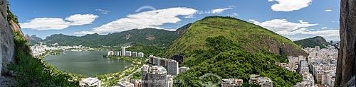 Vista panorâmica da Lagoa Rodrigo de Freitas durante a escalada do Morro do Cantagalo com o Morro Dois Irmãos e a Pedra da Gávea - à esquerda  - Rio de Janeiro - Rio de Janeiro (RJ) - Brasil