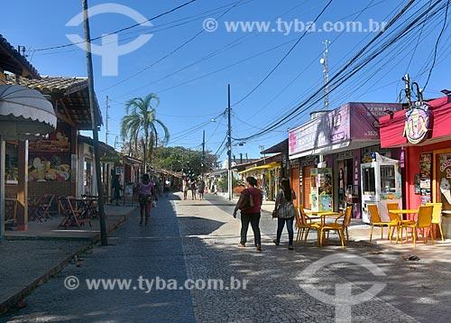 Rua São Pedro (Também conhecida como Rua Broadway) - rua comercial que liga a Praça São Brás a Igreja Nossa Senhora DAjuda  - Porto Seguro - Bahia (BA) - Brasil