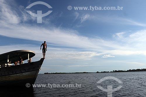 Foto feita com drone de ribeirinho no Balneário Miriti  - Manacapuru - Amazonas (AM) - Brasil