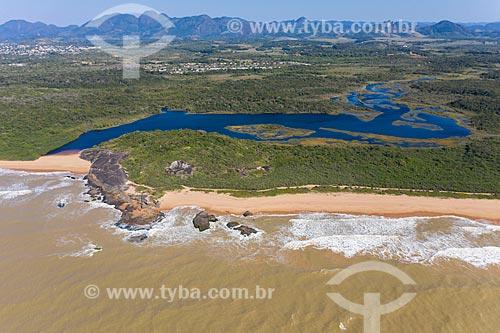Foto feita com drone do Parque Estadual Paulo Cesar Vinha - Lagoa Caraís popularmente conhecida como Lagoa da Coca Cola  - Guarapari - Espírito Santo (ES) - Brasil