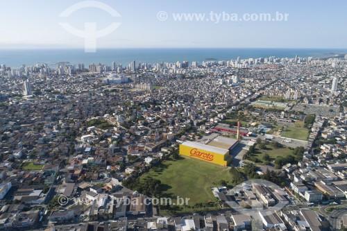 Foto feita com drone da cidade com a fábrica de chocolates Garoto - Ao fundo as praias de Itapuã e Itaparica - Vila Velha - Espírito Santo (ES) - Brasil