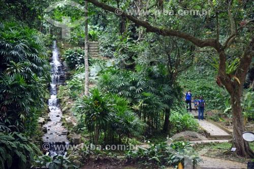 Visitantes no Jardim Botânico do Rio de Janeiro - Rio de Janeiro - Rio de Janeiro (RJ) - Brasil