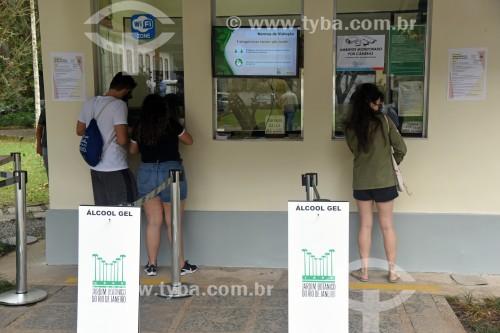 Visitantes na bilheteria do Jardim Botânico do Rio de Janeiro - Crise do Coronavírus - Rio de Janeiro - Rio de Janeiro (RJ) - Brasil