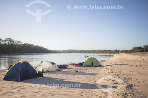 Barracas na beira do Rio Parnaíba - Divisa do Piauí com o Maranhão - Teresina - Piauí (PI) - Brasil