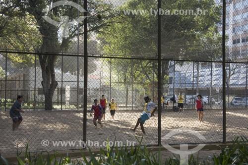 Quadra para futebol de areia no Parque Moscoso - Centro histórico da cidade - Vitória - Espírito Santo (ES) - Brasil