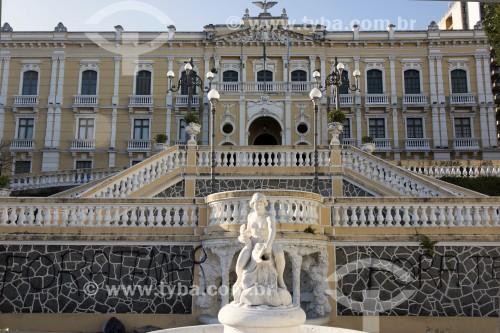 Palácio do Governo - Palácio Anchieta (1551) e escadaria Bárbara Lindenberg na frente - Vitória - Espírito Santo (ES) - Brasil