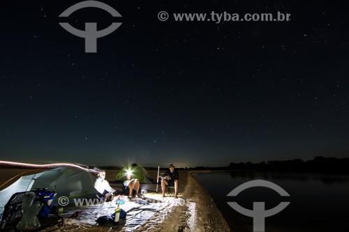 Acampamento na beira do Rio Parnaíba - Divisa do Piauí com o Maranhão - Miguel Alves - Piauí (PI) - Brasil
