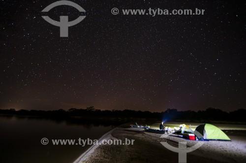 Acampamento na beira do Rio Parnaíba - Divisa do Piauí com o Maranhão - Porto - Piauí (PI) - Brasil