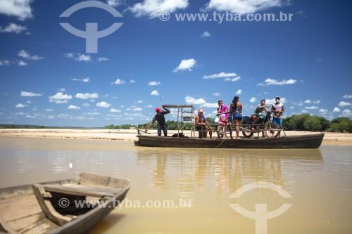Transporte fluvial no Rio Parnaíba - Divisa do Piauí com o Maranhão - Porto - Piauí (PI) - Brasil
