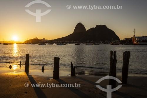 Pão de Açúcar ao amanhecer visto da Praia de Botafogo - Rio de Janeiro - Rio de Janeiro (RJ) - Brasil
