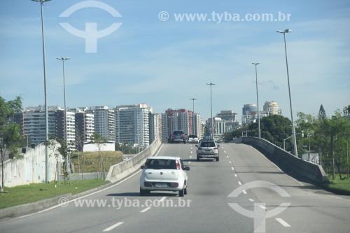 Vista da Avenida Armando Lombardi - Rio de Janeiro - Rio de Janeiro (RJ) - Brasil