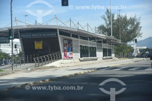 Estação do BRT Transcarioca - Estação Paulo Malta Rezende - na Avenida das Américas - Rio de Janeiro - Rio de Janeiro (RJ) - Brasil