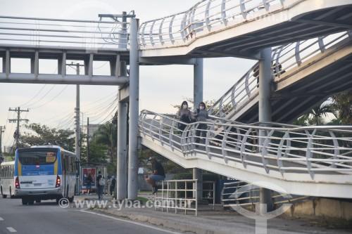 Passarela sobre a Avenida Ayrton Senna - Rio de Janeiro - Rio de Janeiro (RJ) - Brasil