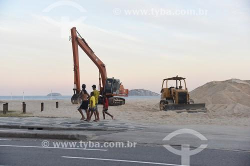 Máquinas retirando areia do canal do Jardim de Alah - Rio de Janeiro - Rio de Janeiro (RJ) - Brasil