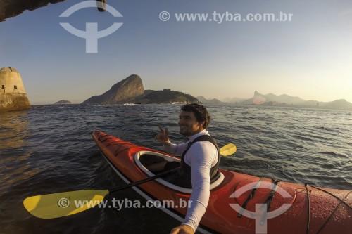 Auto retrato em caiaque na Baía de Guanabara - Rio de Janeiro - Rio de Janeiro (RJ) - Brasil