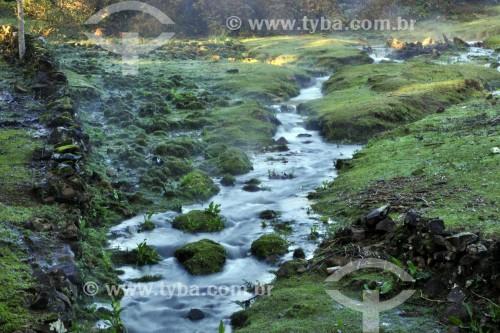 Pequeno riacho na Serra Gaúcha - Gramado - Rio Grande do Sul (RS) - Brasil