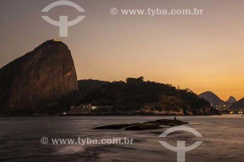 Vista do Pão de Açúcar durante o pôr do sol - Rio de Janeiro - Rio de Janeiro (RJ) - Brasil