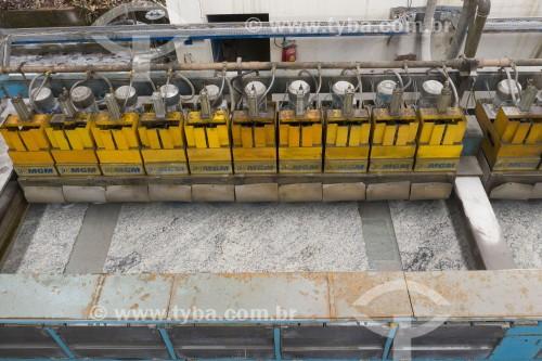 Foto feita com drone de equipamento que faz polimento de pedras naturais - Cachoeiro de Itapemirim - Espírito Santo (ES) - Brasil