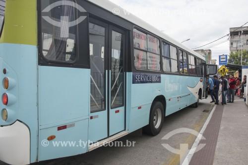 Ponto de ônibus no centro da cidade - Linhares - Espírito Santo (ES) - Brasil