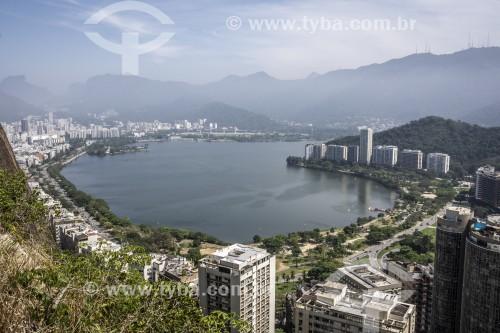Vista da Lagoa Rodrigo de Freitas durante escalada do Morro do Cantagalo - Rio de Janeiro - Rio de Janeiro (RJ) - Brasil