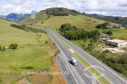 Foto feita com drone da Rodovia Governador Mário Covas (BR-101) - Iconha - Espírito Santo (ES) - Brasil