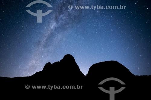 Silhueta de montanhas e Via Láctea - Três Picos de Salinas no Parque Estadual dos Três Picos - Teresópolis - Rio de Janeiro (RJ) - Brasil