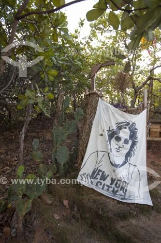 Faixa com retrato de John Lennon na Pousada Mirante de Pipa - Tibau - Rio Grande do Norte (RN) - Brasil