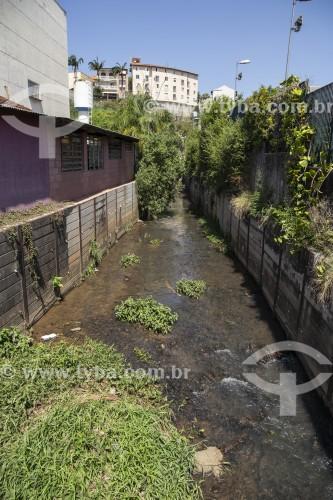 Leito do Rio Araçaí - São Roque - São Paulo (SP) - Brasil