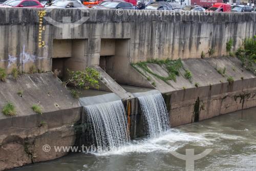 Foz do Córrego Anhangabaú no Rio Tamanduateí - São Paulo - São Paulo (SP) - Brasil