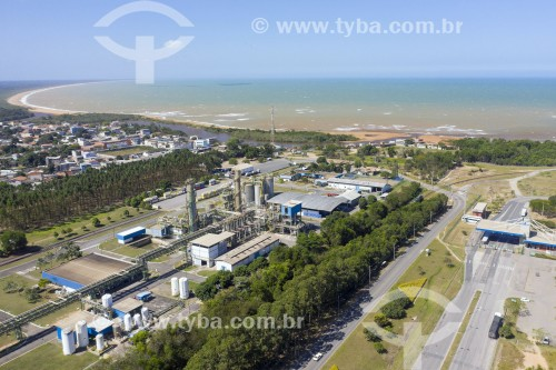 Foto feita com drone das instalações da Evonik Degussa no Terminal Portocel - Porto especializado no embarque de celulose - Aracruz - Espírito Santo (ES) - Brasil