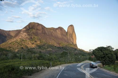 Morro do Camelo (Símbolo da cidade) - Monumento Natural dos Pontões Capixabas - Pancas - Espírito Santo (ES) - Brasil