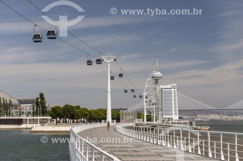 Teleférico no Parque das Nações com Ponte Vasco da Gama ao fundo - Lisboa - Distrito de Lisboa - Portugal