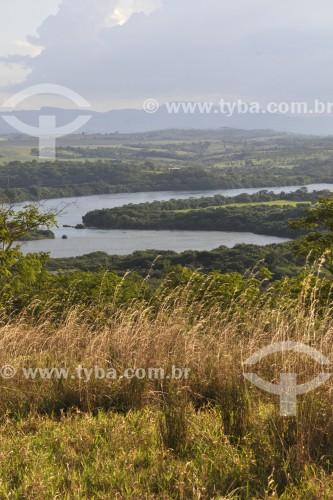 Rio Grande entre os municipios de São João Batista do Glória e Passos - São João Batista do Glória - Minas Gerais (MG) - Brasil